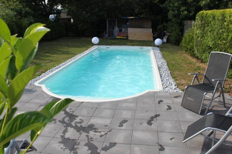 Variante eines Fertigbeckens von Pro Pool in Dreieich